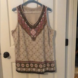 Adorable sleeveless blouse size 2x